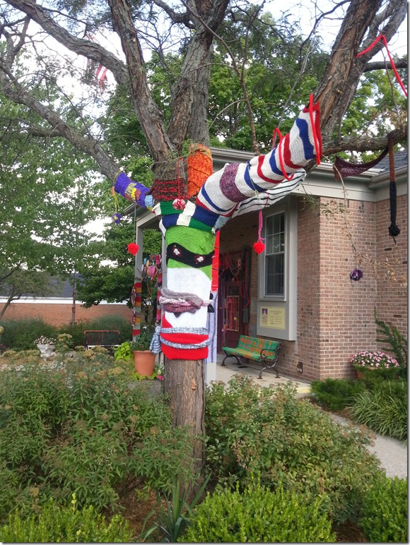 northville yarn bomb 2